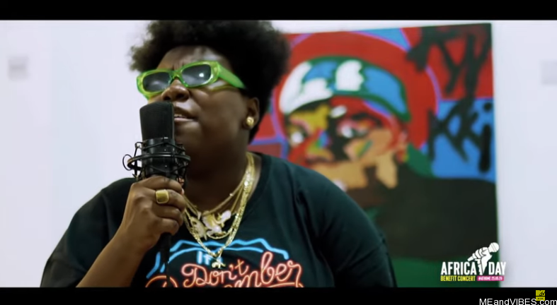 Teni – Uyo Meyo (Acoustic Version By Teni)